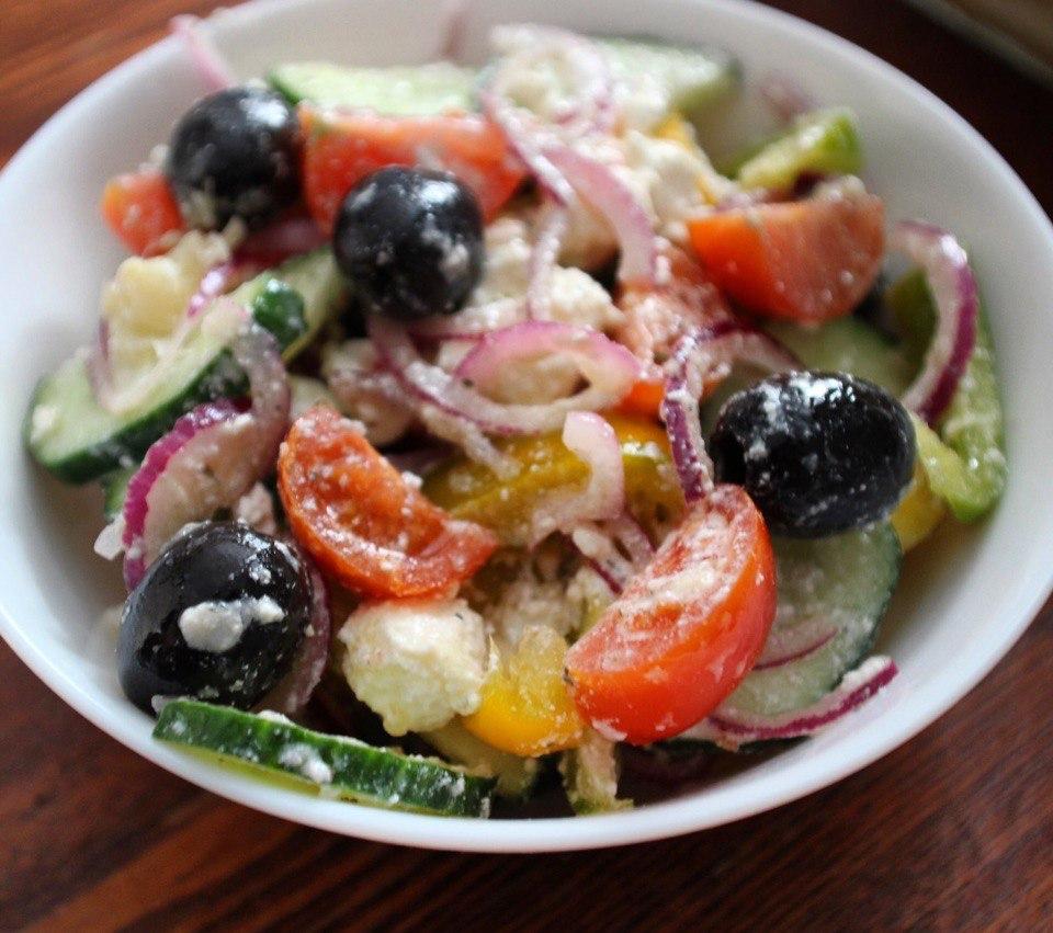 Греческий салат (Хориатики) — Греческая кухня