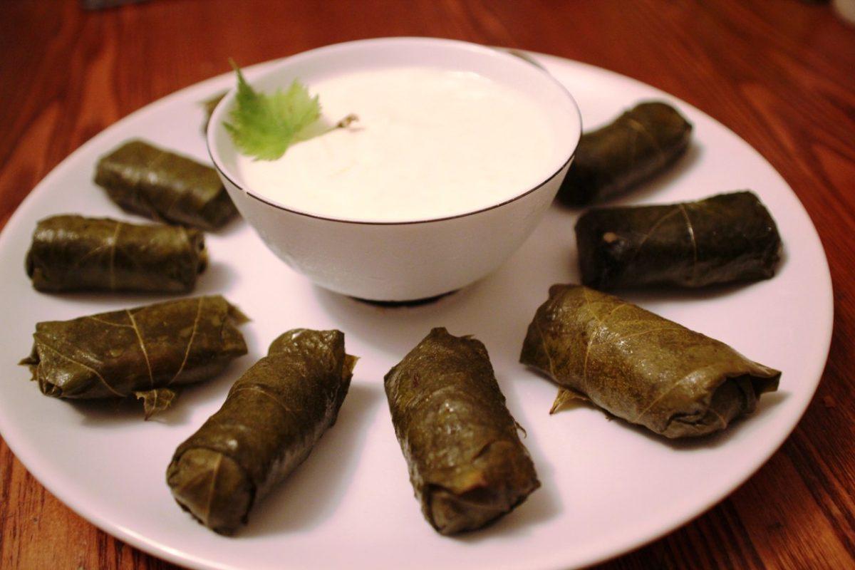 Долма в виноградных листьях — Азербайджанская кухня
