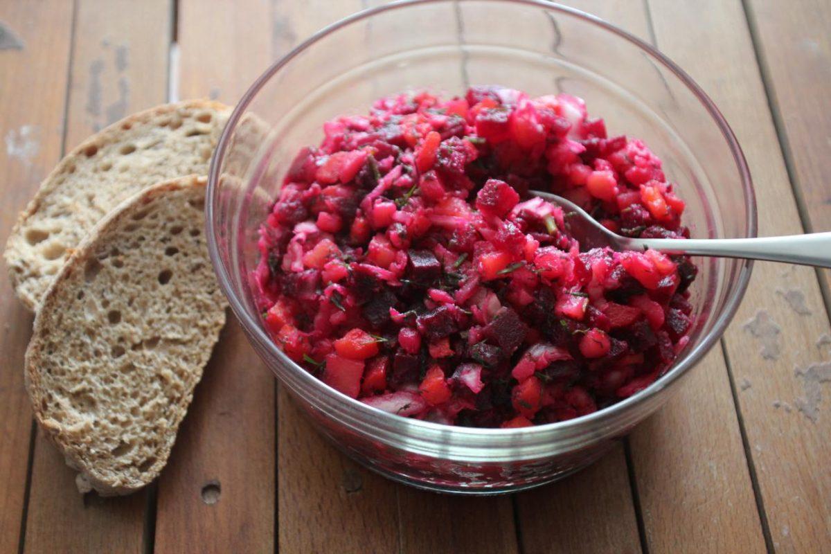 Винегрет с квашеной капустой — Русская кухня