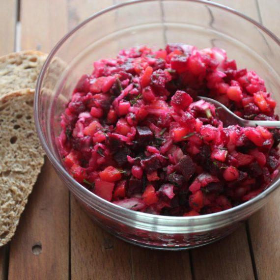Винегрет с квашенной капустой — Русская кухня