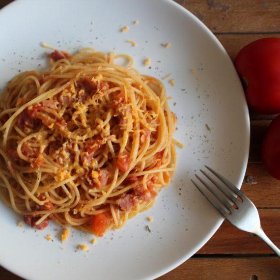 Спагетти Аматричана — Итальянская кухня