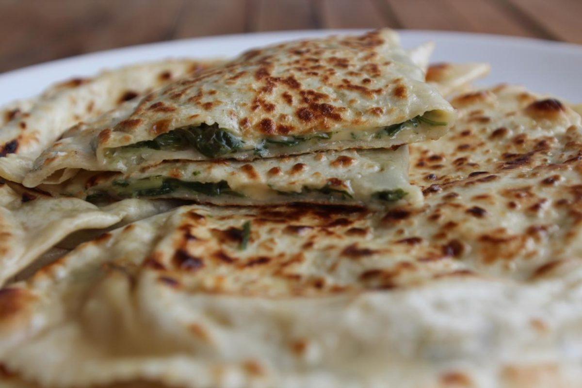 Гезлеме с сыром и зеленью — Турецкая кухня