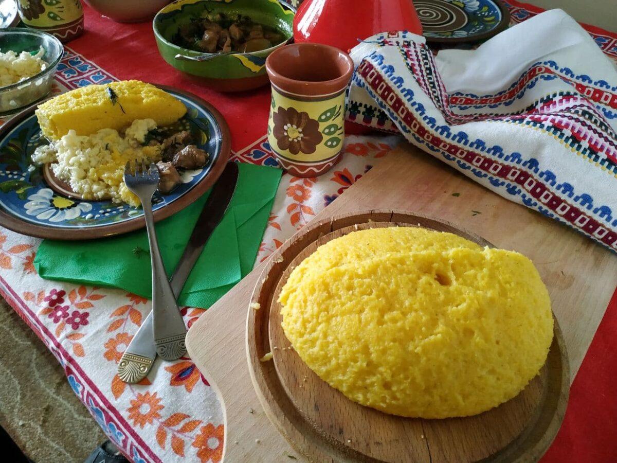 Мамалыга — Румынская кухня
