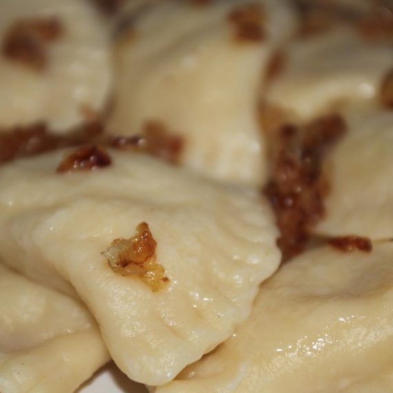 Вареники с картошкой — Украинская кухня