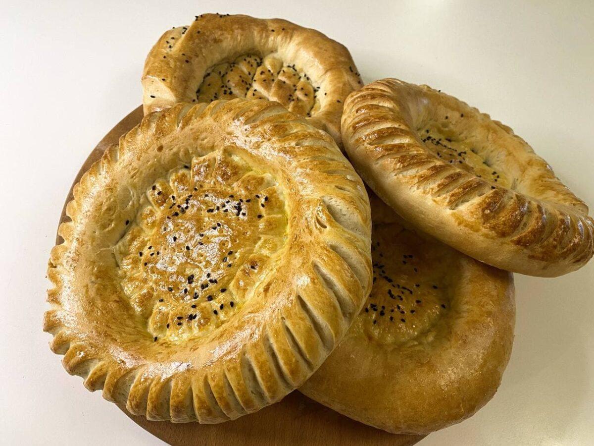 Таджикские лепешки кульча — Таджикская кухня