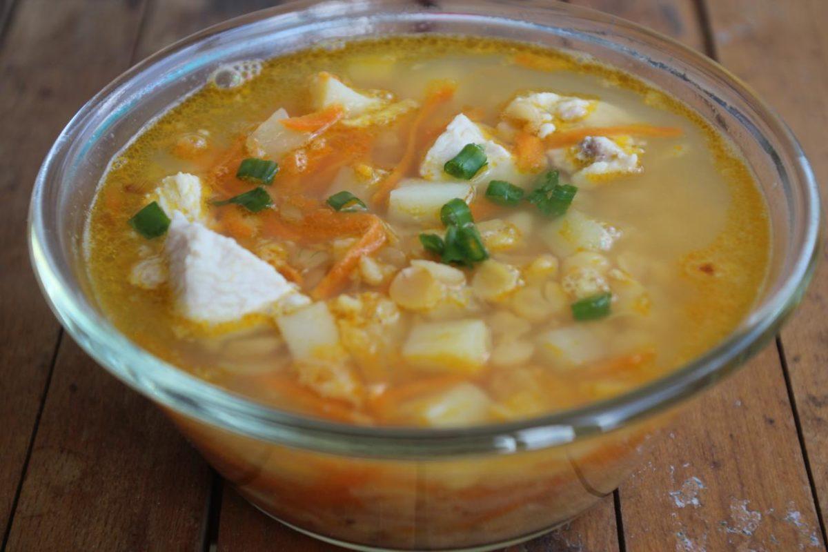 Гороховый суп с курицей — Русская кухня