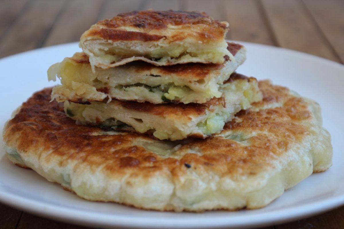 Плацинда с картошкой — Румынская кухня