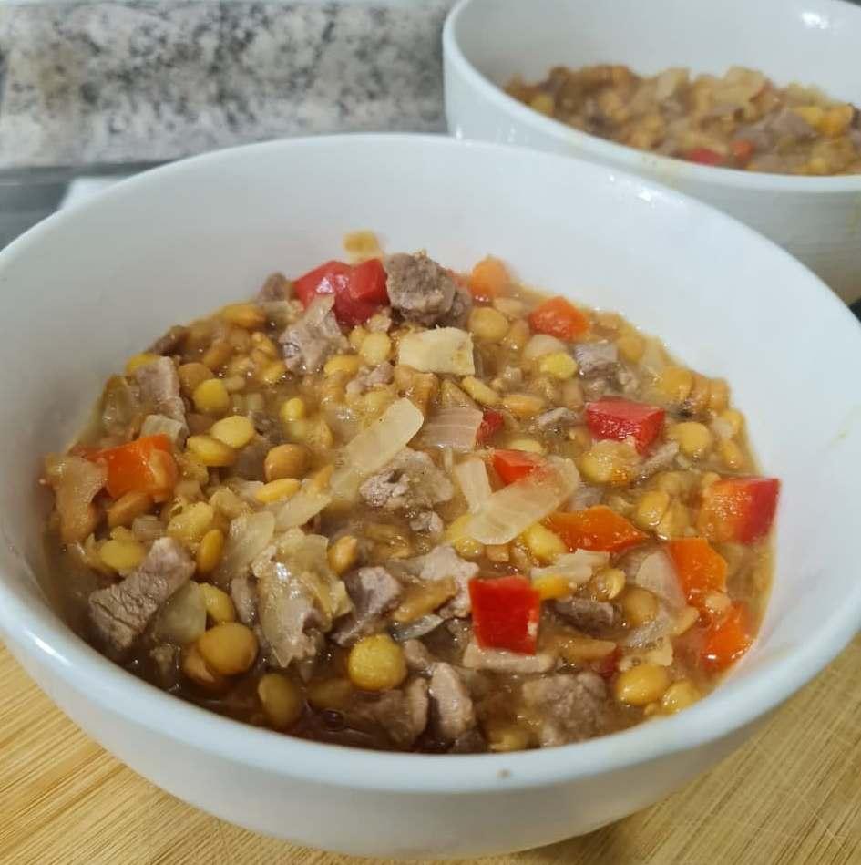 Чечевица с мясом — Чилийская кухня